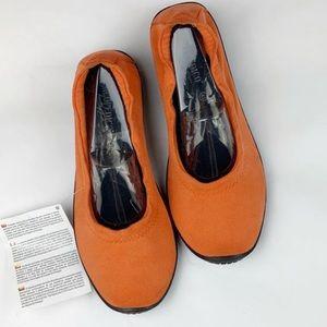 Arcopedico Lolita ballet orange flats